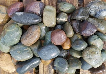 Речной камень, галька, галечник