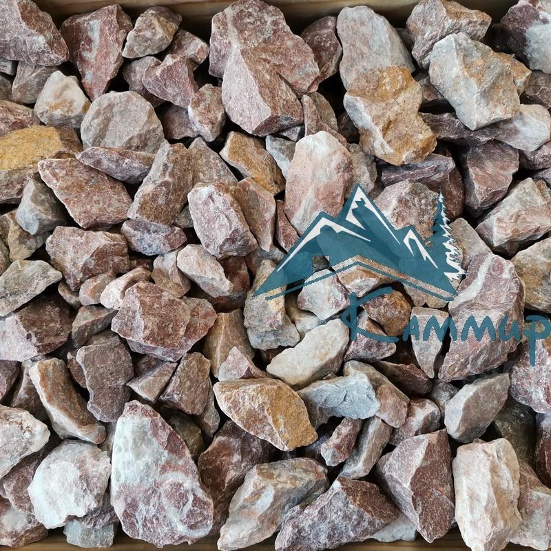 Крошка мраморная цветная 20-40 мм в мешках 25 кг